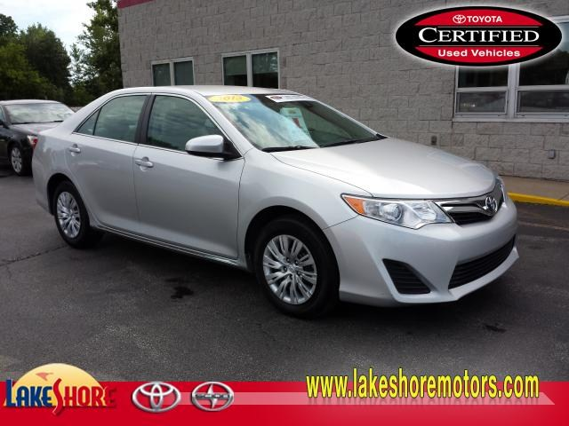 2013 Toyota Camry LE:TP684
