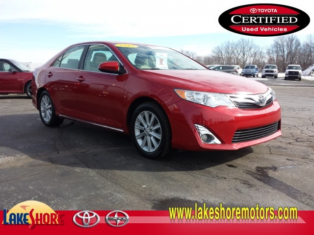 2012 Toyota Camry XLE:T5750A