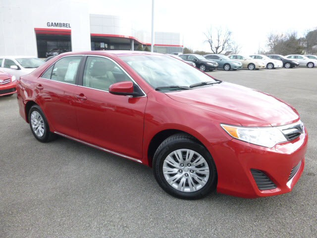 2012 Toyota Camry LE:T14318