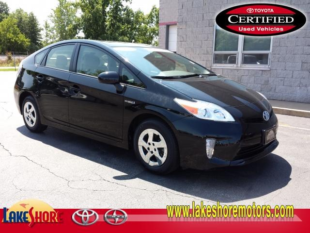 Certified 2013 Toyota Prius : TP681