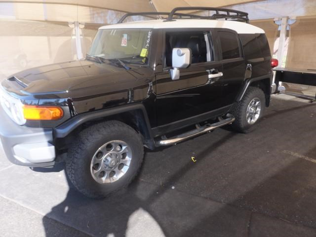 Certified Pre-Owned 2013 Toyota FJ Cruiser BSE 4WD