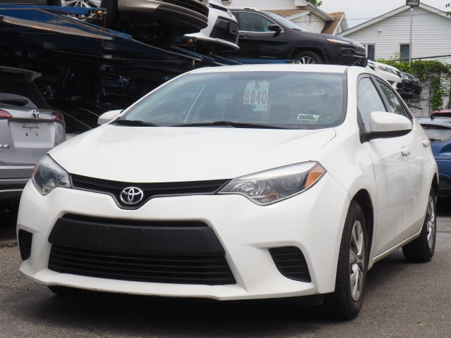 Certified Pre-Owned 2014 Toyota Corolla BSE