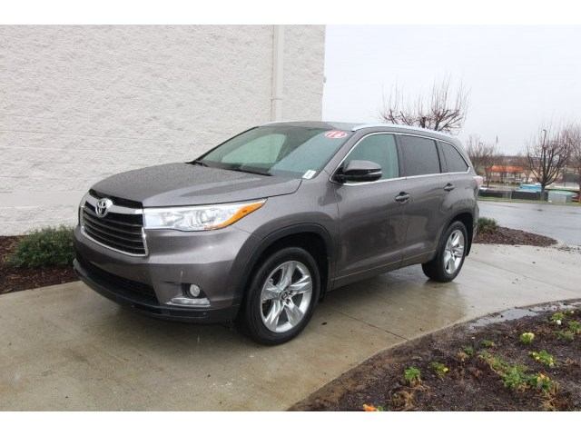Certified Pre-Owned 2016 Toyota Highlander Limited AWD SUV